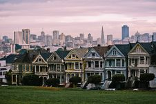 Free Painted Houses Of Alamo Square Royalty Free Stock Photo - 8279015