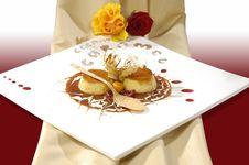 Free Luxurious Caramel Dessert Stock Image - 8279601