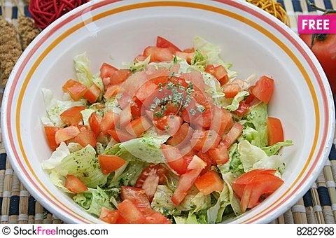 Free Fresh Salad Royalty Free Stock Photos - 8282988