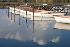 Free Water Mirror Royalty Free Stock Photography - 8282327