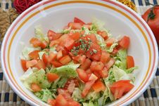 Free Fresh Salad Royalty Free Stock Photos - 8282988