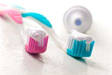 Free Toothpaste And Toothbrushes Stock Photos - 8283133