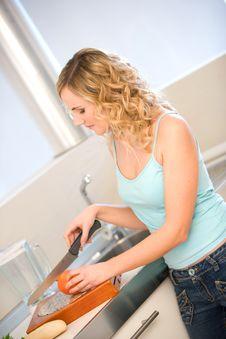 Free Woman In Kitchen Stock Photos - 8286663