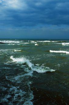 Free Dramatic Mediterranean Sea Royalty Free Stock Images - 8286829