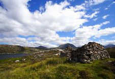 Free Landscape And Ruins In The Highlands Royalty Free Stock Images - 8288789
