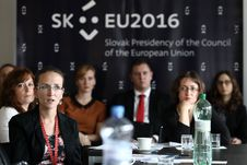 Free LESSONS LEARNT OF THE SLOVAK EU COUNCIL PRESIDENCY Stock Photography - 82893802
