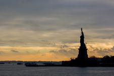 Free Statue Of Liberty Silhouette Royalty Free Stock Image - 82896076