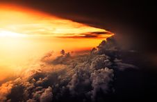 Free Clouds In Horizon At Sunset Royalty Free Stock Photography - 82899407