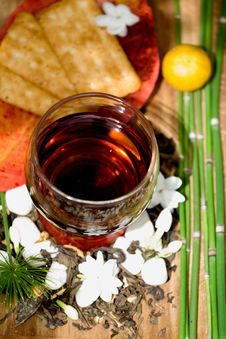 Free Jasmine Tea And Biscuits Royalty Free Stock Images - 8291519