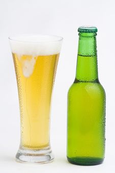Free Fresh Cold And Tasty Beer Royalty Free Stock Image - 8292756