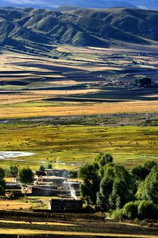 Free Day View Of Bamei Village At Yunnan Province China Stock Photos - 8295173