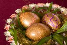 Free Easter Eggs Golden  And A Burning Candle Stock Photo - 8298700