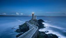 Free Lighthouse On Coastline Royalty Free Stock Photography - 82900097