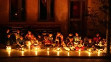 Free Children In Candlelight Ceremony Stock Photography - 82913392