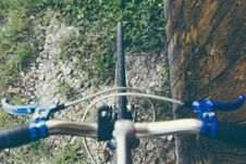 Free Top View Of Road Bicycle Front Tire Stock Photography - 82931562