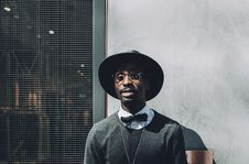 Free Man With Hat And Bowtie Stock Photography - 82934432