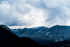 Free Mountains Under White Cloudy Sky Stock Photo - 82934990