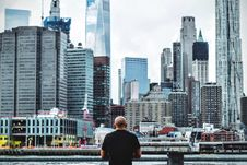 Free Man In Black T Shirt In Front On City Skyline During Daytime Royalty Free Stock Photography - 82935057