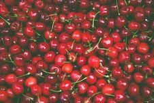 Free Pile Of Cherry Fruit Royalty Free Stock Photo - 82935235