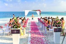 Free Beach Wedding Ceremony During Daytime Stock Photo - 82935550