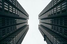 Free Modern High Risk Skyscraper Buildings Royalty Free Stock Image - 82945226
