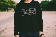 Free More Faith Less Fear White Sweater Stock Photography - 82947052
