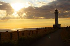 Free Lighthouse Near Ocean During Golden Hour Royalty Free Stock Images - 82947629