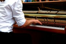 Free Brown White And Beige Upright Piano Stock Images - 82948334