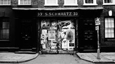 Free 33 S.schwartz 33 In Grayscale Photography Royalty Free Stock Photos - 82948558