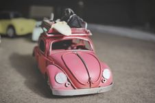 Free Vintage Toy Car Royalty Free Stock Images - 82948699