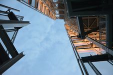 Free High Rise Building Low Angle Photography Royalty Free Stock Images - 82949559
