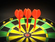 Free Red 3 Dart Pin On Black Green And Yellow Dartboard Royalty Free Stock Photography - 82950187