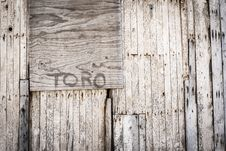 Free Brown Toro Painted Wooden Wall Royalty Free Stock Images - 82950569