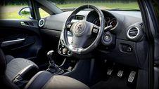 Free Black Car Steering Wheel Stock Photography - 82950642