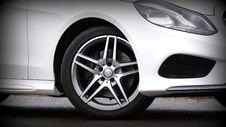 Free White Luxury Car Stock Photo - 82950820