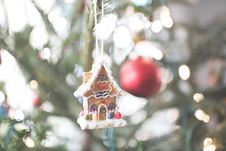 Free Gingerbread House Ornament Royalty Free Stock Photography - 82950857