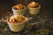 Free Blueberry Muffins In Ramekins Stock Image - 82951031