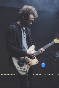 Free Guitarist With Punk Rock Band Stock Photos - 82951053