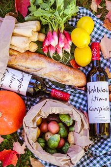 Free Produce With Bread And Wine Royalty Free Stock Photos - 82951348