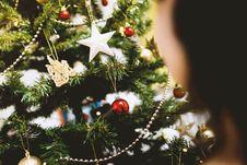 Free Christmas Ornaments On Tree Stock Image - 82951631