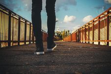 Free Feet On Bridge Royalty Free Stock Images - 82951689