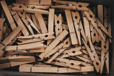 Free Clothespins Royalty Free Stock Photography - 82952327