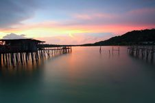Free Wooden Pier At Sunset Royalty Free Stock Images - 82952429