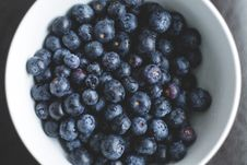 Free Blueberries In Bowl Stock Photo - 82952530