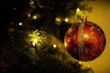 Free Red Christmas Ornament On Tree Stock Images - 82953394