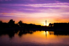 Free Sunset Along Waterfront Royalty Free Stock Photography - 82954147
