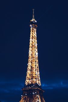 Free Eiffel Tower During Nighttime Royalty Free Stock Image - 82955076