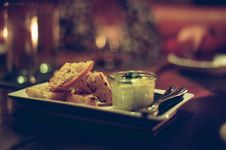 Free Plate With Bread And Dip Stock Photography - 82955732