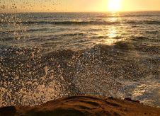 Free Waves Crashing On Shore During Sunrise Stock Photography - 82956522
