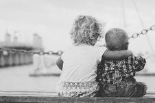 Free Children On Pier Royalty Free Stock Photo - 82956915